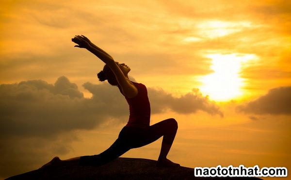 tap-yoga-ra-nhieu-mo-hoi-co-tot-khong1